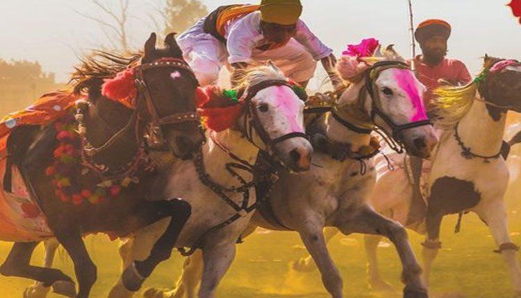 సప్త వర్ణాల శోభితం.. వివిధ రాష్ట్రాల్లో హోలీ కేళీ
