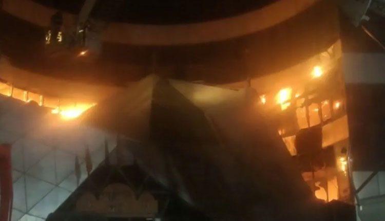 కొవిడ్ దవాఖానలో అగ్నిప్రమాదం.. 9 మంది మృతి