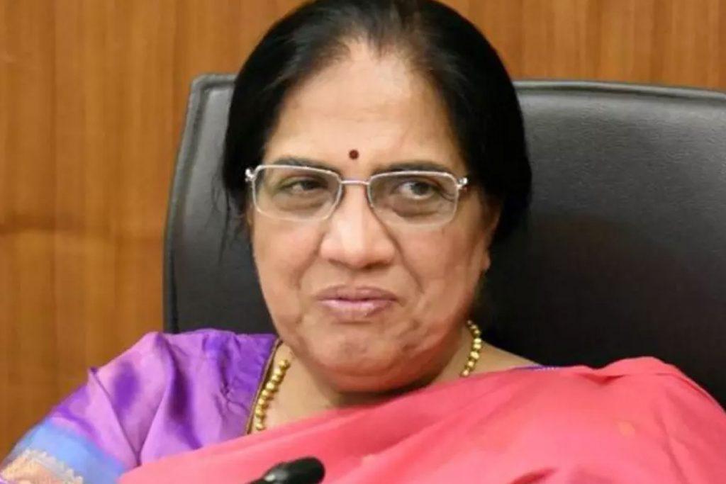 నీలం సాహ్ని రాజీనామా.. ఆమోదం తెలిపిన ప్రభుత్వం
