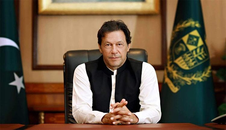 Imran, the Pakistani Prime Minister who posted the Bollywood video .. Netizens who played