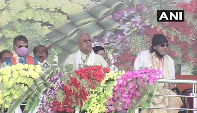 కాసేపట్లో మోదీ ర్యాలీ.. స్టేజ్పై మిథున్ చక్రవర్తి