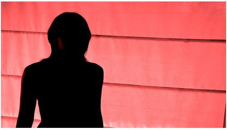 దారుణం : భర్తను బంధించి మహిళపై మరిది సహా ఐదుగురు వ్యక్తుల అరాచకం!