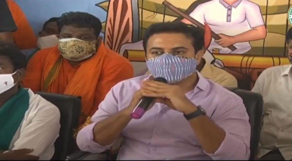 దమ్ముంటే ఒక ప్రాజెక్టుకు జాతీయ హోదా తీసుకురా : మంత్రి కేటీఆర్