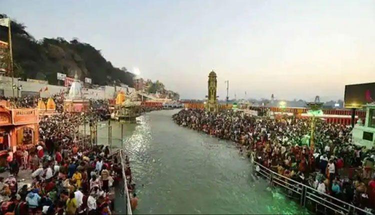 కుంభమేళాలో కరోనా కలకలం.. హరిద్వార్లో 300కుపైగా కేసులు