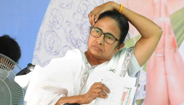 కరోనాపై మోదీ సమీక్ష.. మమతా బెనర్జీ డుమ్మా!
