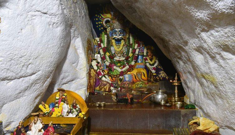 'మల్లన్న' ఆలయంలో ఆర్జిత సేవలు నిలిపివేత