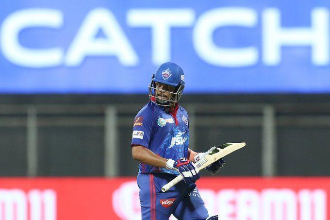 IPL 2021: పృథ్వీ షా ఔట్..ధావన్ అర్ధశతకం