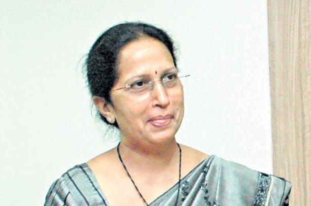 ఆంధ్రజ్యోతి ఎండీ రాధాకృష్ణకు సతీ వియోగం