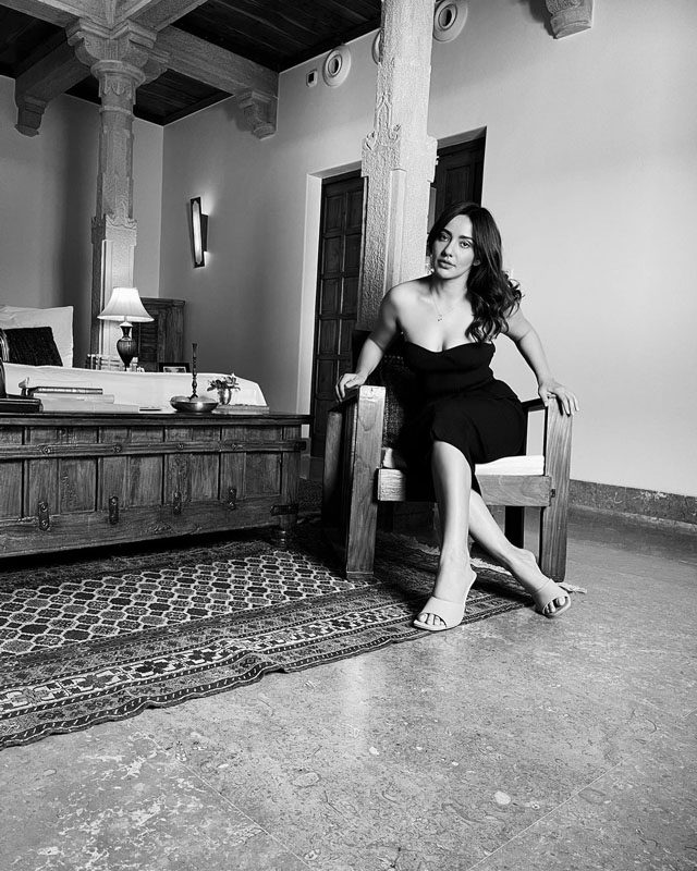 Neha Sharma Latest Photos