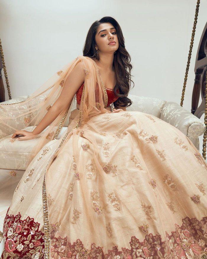 Krithi Shetty Latest Photos