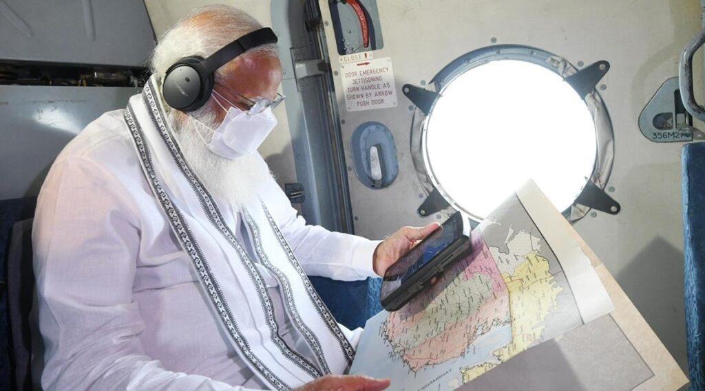 తౌక్టే బీభత్సం.. గుజరాత్లో ప్రధాని మోదీ ఏరియల్ సర్వే