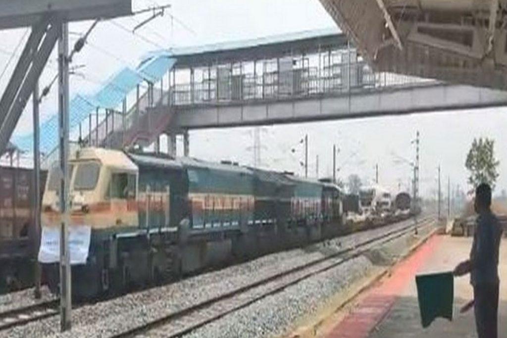 ఒడిశా నుంచి ఢిల్లీకి ఆక్సిజన్ ఎక్స్ప్రెస్
