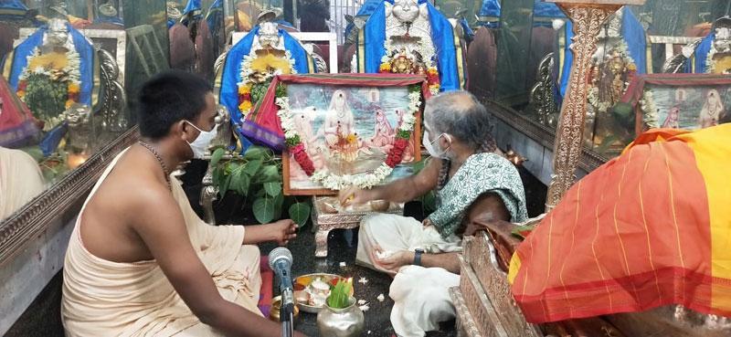 రాజన్న ఆలయంలో దర్శనాలు లేవు
