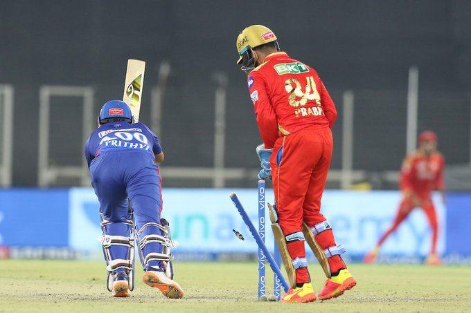 IPL 2021: పృథ్వీ షా ఔట్