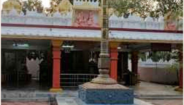 కేపీహెచ్బీ కాలనీ ఆలయంలో చోరీ..