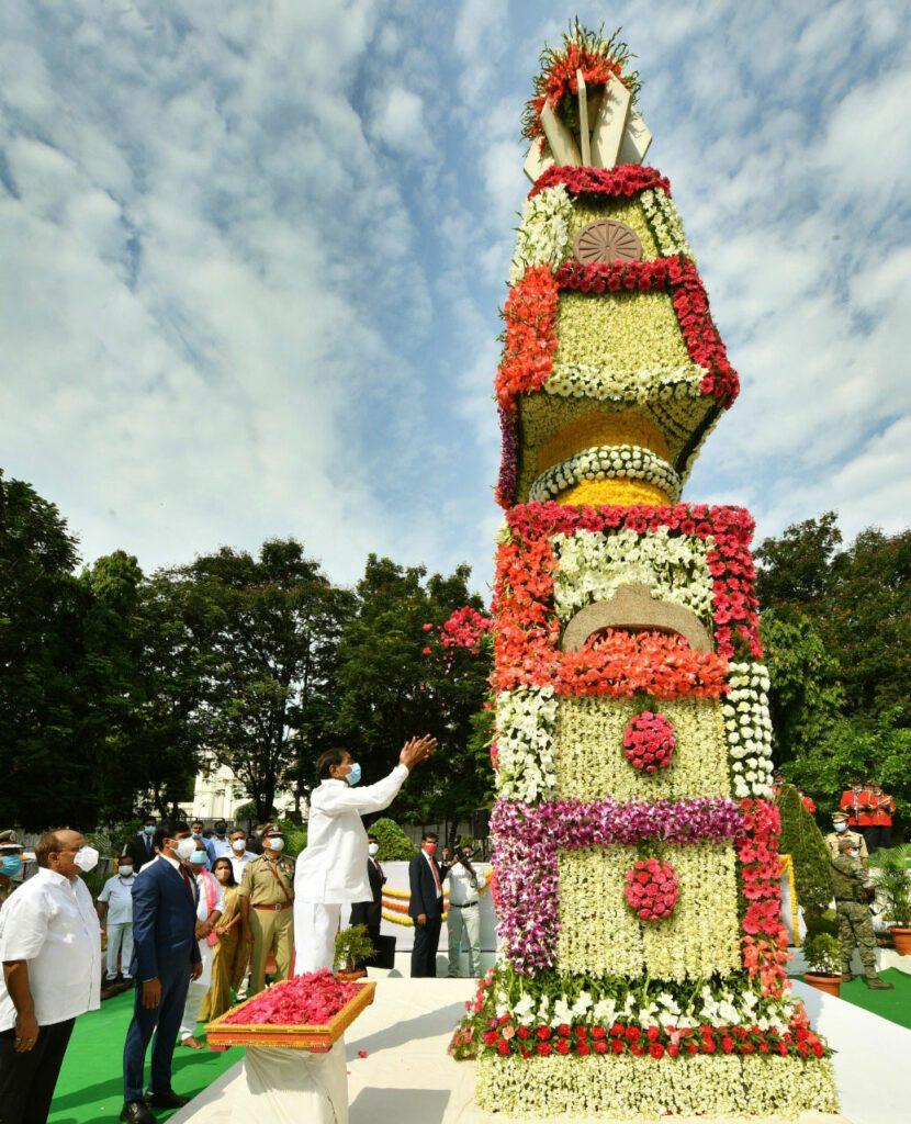 Photos : పుష్పాంజలి.. తెలంగాణ అమర వీరులకు