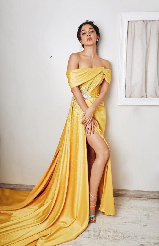 మరోసారి హాట్ స్టిల్స్తో కియారా అద్వానీ