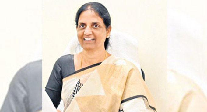 తెలంగాణలో ఇంటర్ సెకండ్ ఇయర్ పరీక్షలు రద్దు: మంత్రి సబిత
