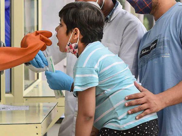 వైరస్ స్వభావం మార్చుకుంటే చిన్నారులపై ఎఫెక్ట్ : కేంద్రం