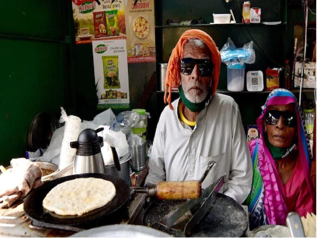 బాబా కా దాబా ఓనర్ ఆత్మహత్యాయత్నం