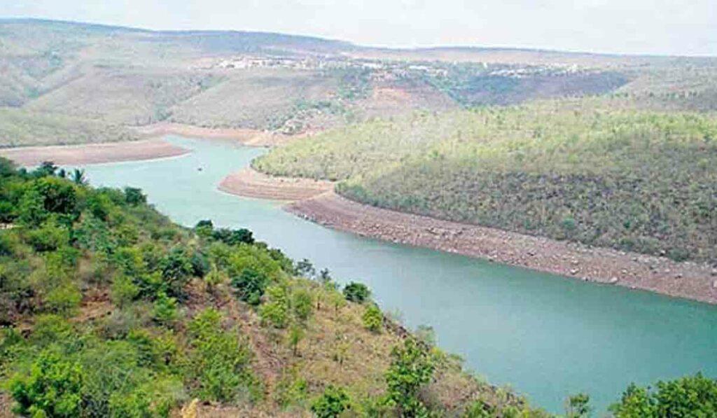 కృష్ణా నదిపై ఆనకట్ట నిర్మాణ సర్వేకు ఉత్తర్వులు