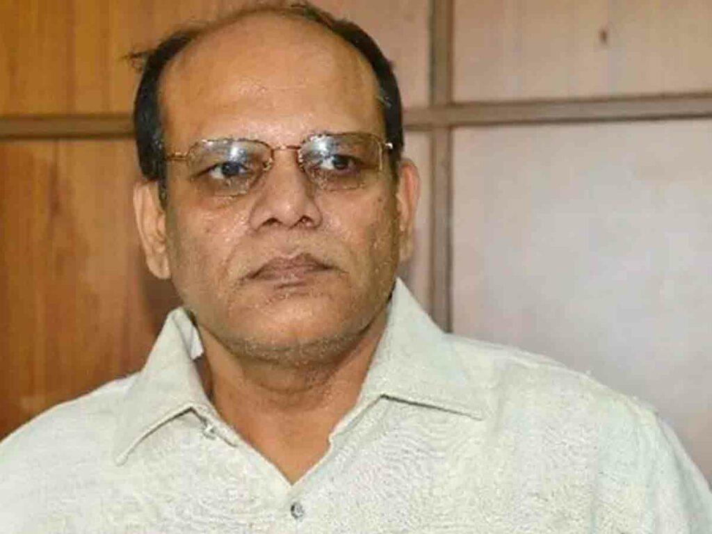 గజ్వేల్ ఇంటిగ్రేటెడ్ మార్కెట్ను సందర్శించిన సీఎస్
