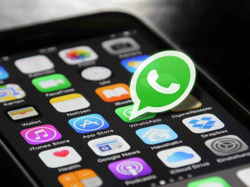 WhatsApp Report|| దేశంలో 20 లక్షల ఖాతాలపై బ్యాన్!