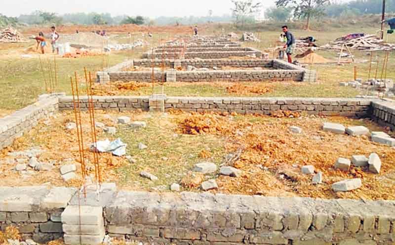 మా స్థలానికి దక్షిణ నైరుతి 'చతురస్రం'గా పెరిగింది. అందులో ఆఫీస్ భవనం కట్టుకోవచ్చా?