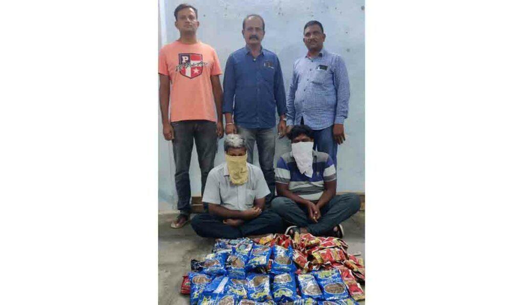 రాజన్న సిరిసిల్ల జిల్లాలో నిషేధిత గుట్కా సీజ్