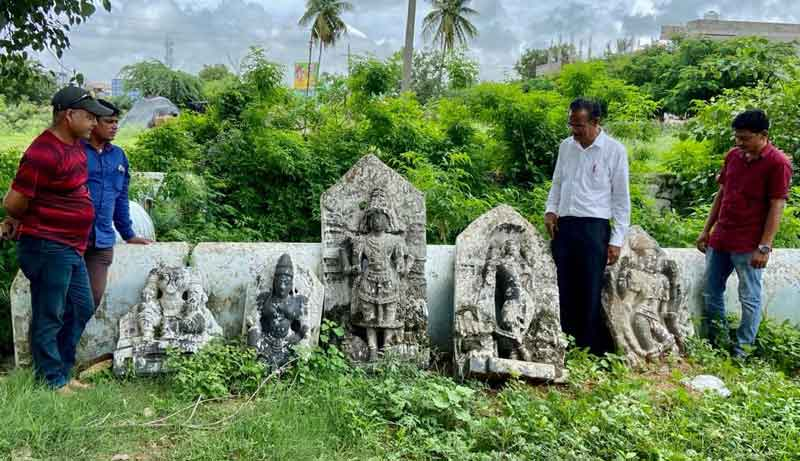దుద్దెడ కాకతీయ శిల్పాలను భద్రపరచాలి