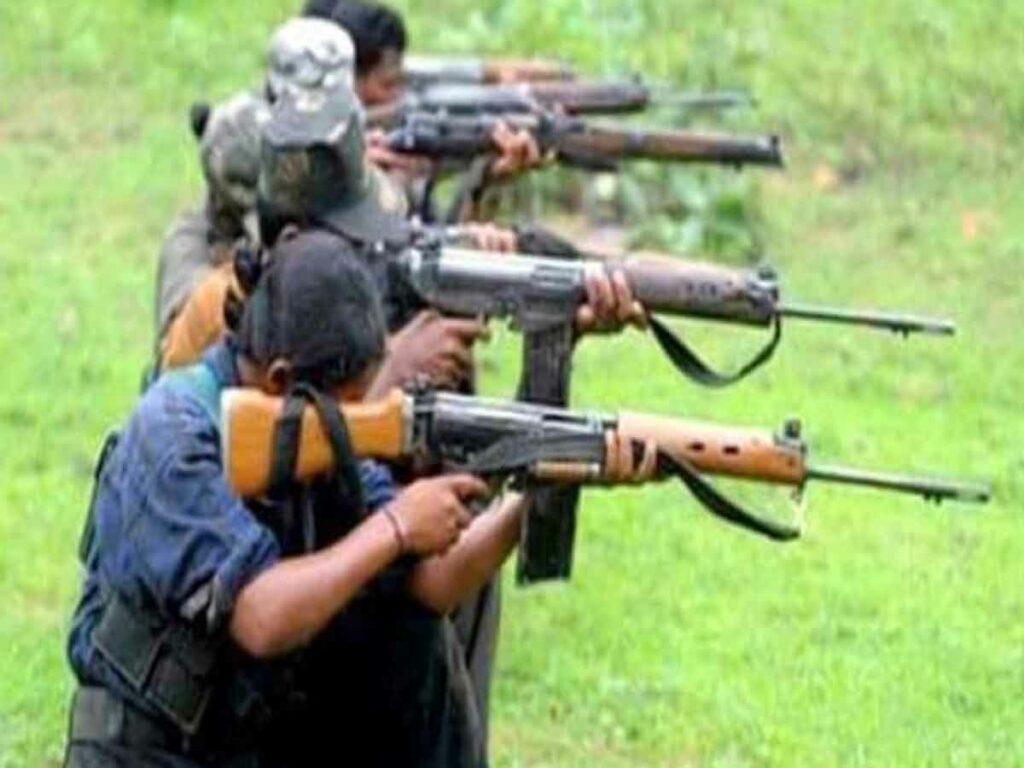 నిర్బంధం నుంచి 11 మందిని విడుదల చేసిన మావోయిస్టులు