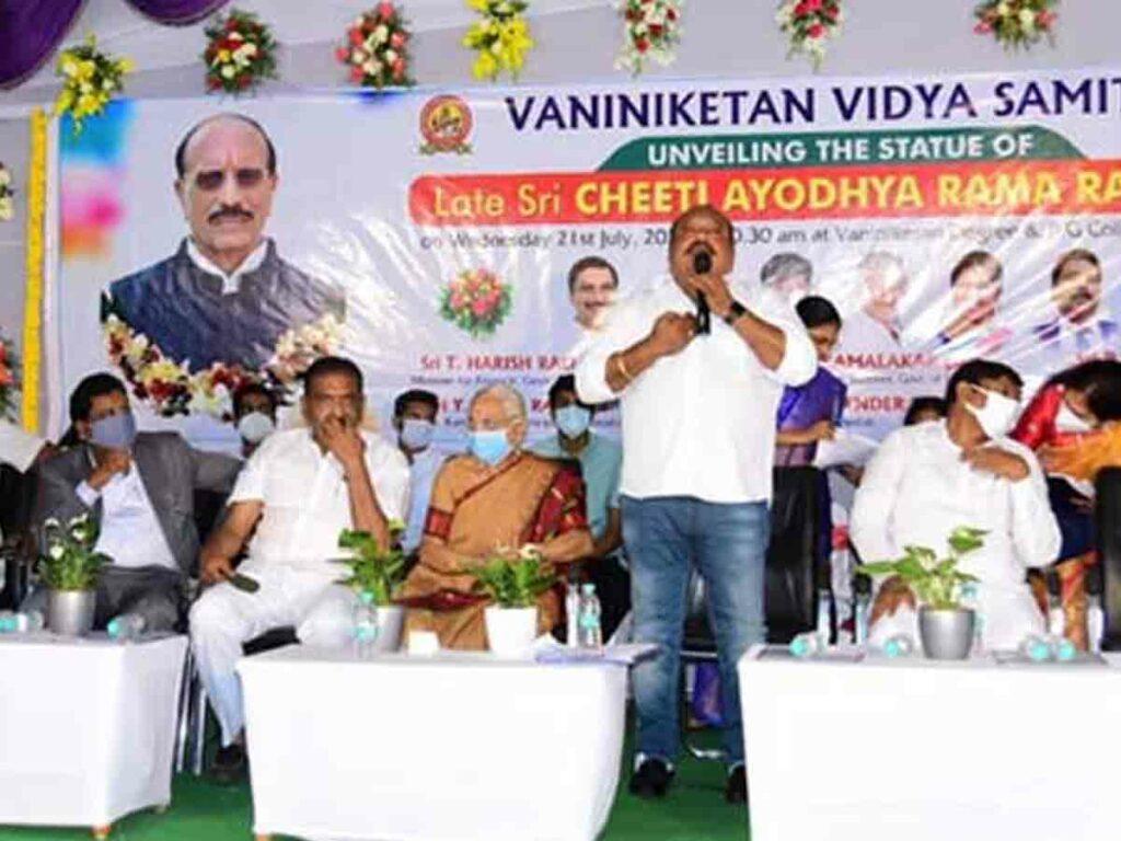 ప్రభుత్వ, ప్రైవేటు విద్యాసంస్థల విస్తరణ అవసరం : బి. వినోద్కుమార్