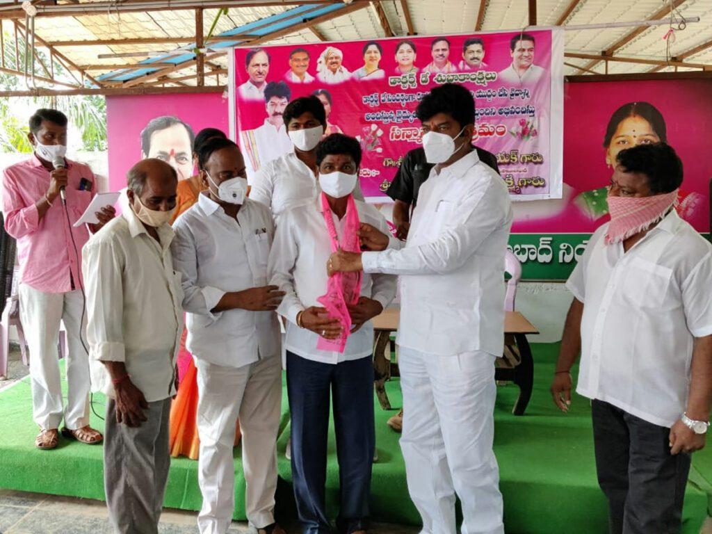 కాంగ్రెస్, సీపీఐల నుంచి టీఆర్ఎస్లో చేరికలు