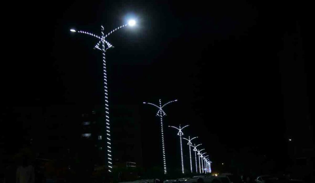 నిజామాబాద్లో సెంట్రల్ లైటింగ్ సిస్టం ప్రారంభం