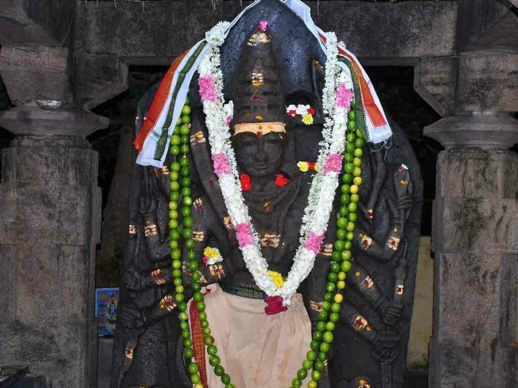 శ్రీగిరిలో మంగళవార పూజలు