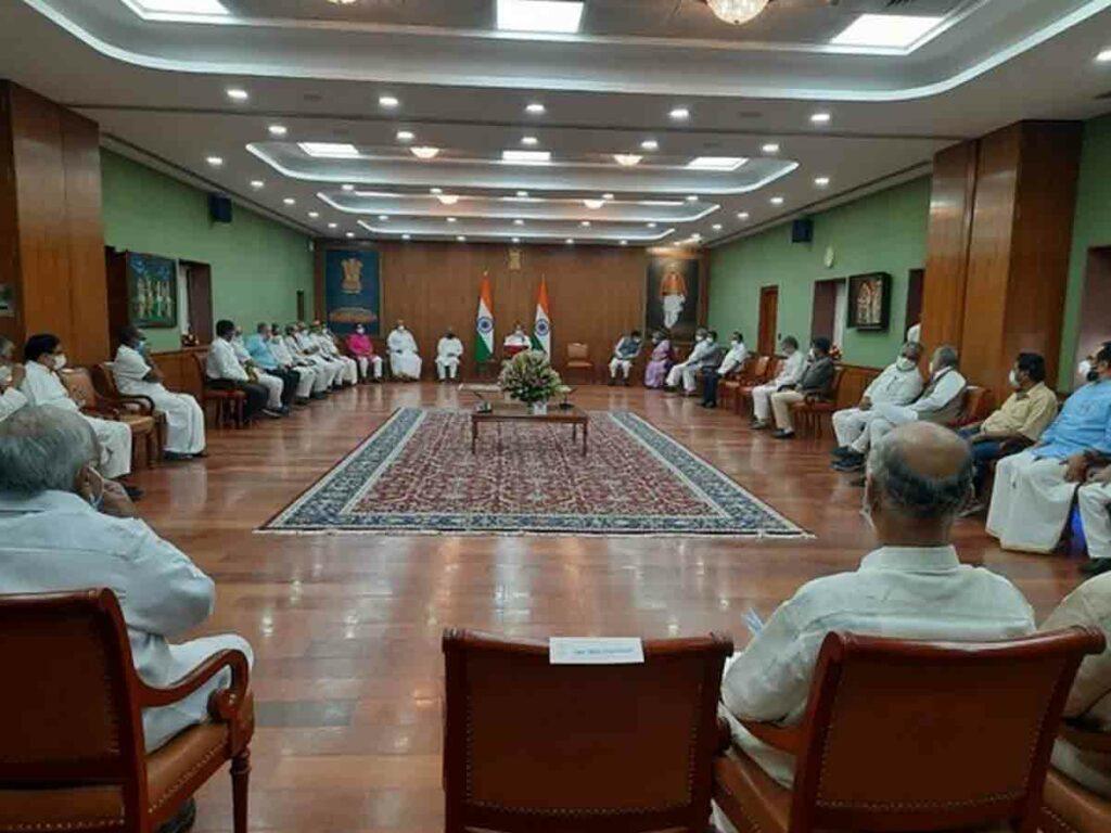 సమావేశాలు సజావుగా జరిగేందుకు సహకరించాలి : ఉప రాష్ట్రపతి